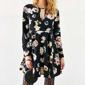 Floral Long Sleeve A-Line Dress with Keywhole